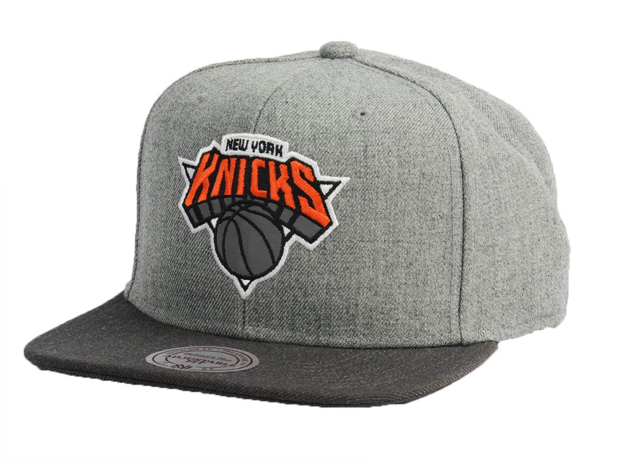 Mitchell   Ness Heather Reflective New York Knicks Snapback - Basketo.fr af185daf76c