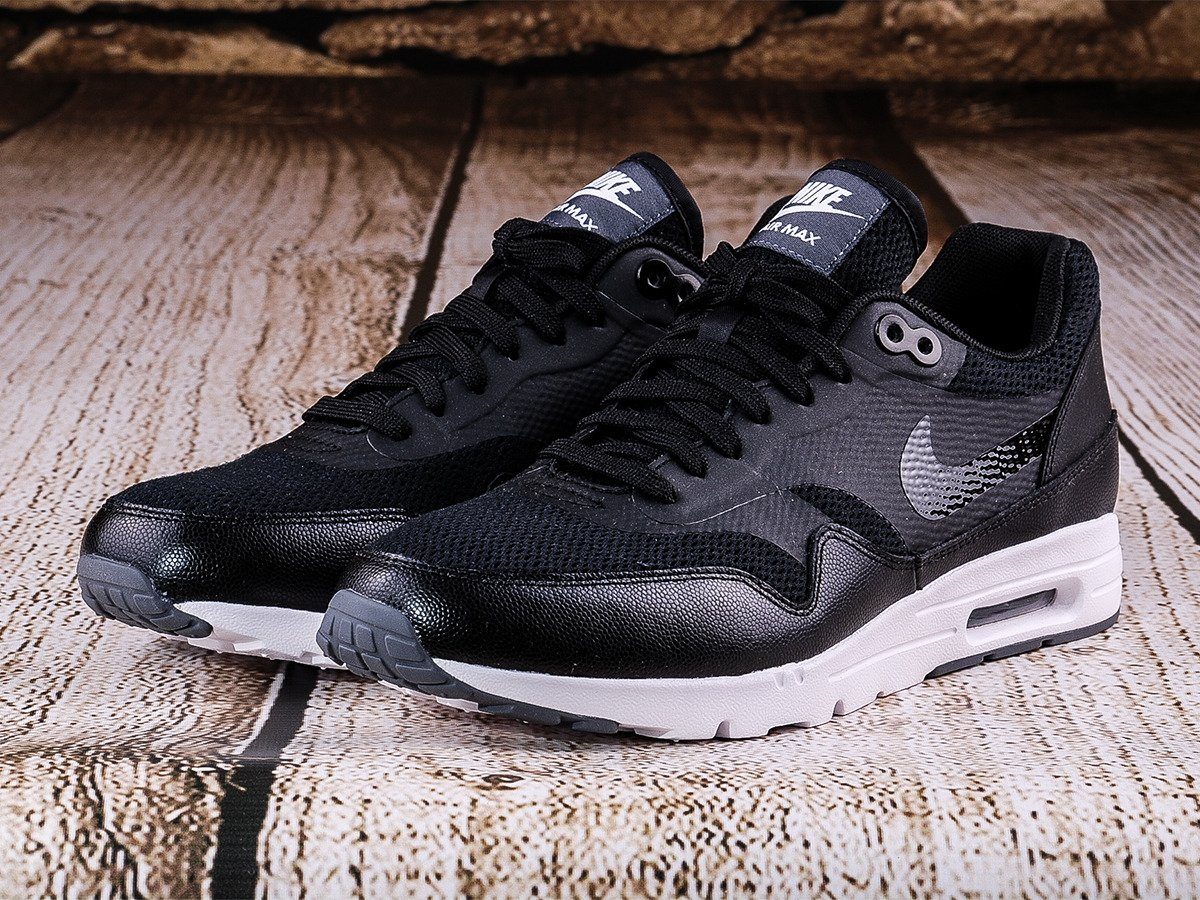 wholesale dealer 70506 65055 704993 009 Essential Ultra Nike Wmns 1 Max Air Chaussures wqII0Tx8